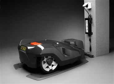 husqvarna automower 330x preis m hroboter rasenm her husqvarna automower 330 x. Black Bedroom Furniture Sets. Home Design Ideas
